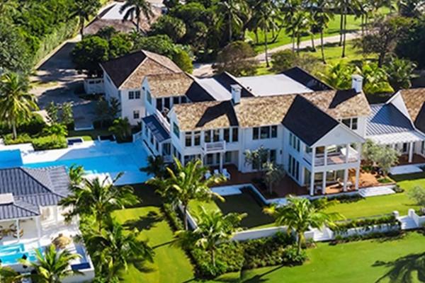 Le propriétaire de Victoria's Secret achète un domaine en Floride